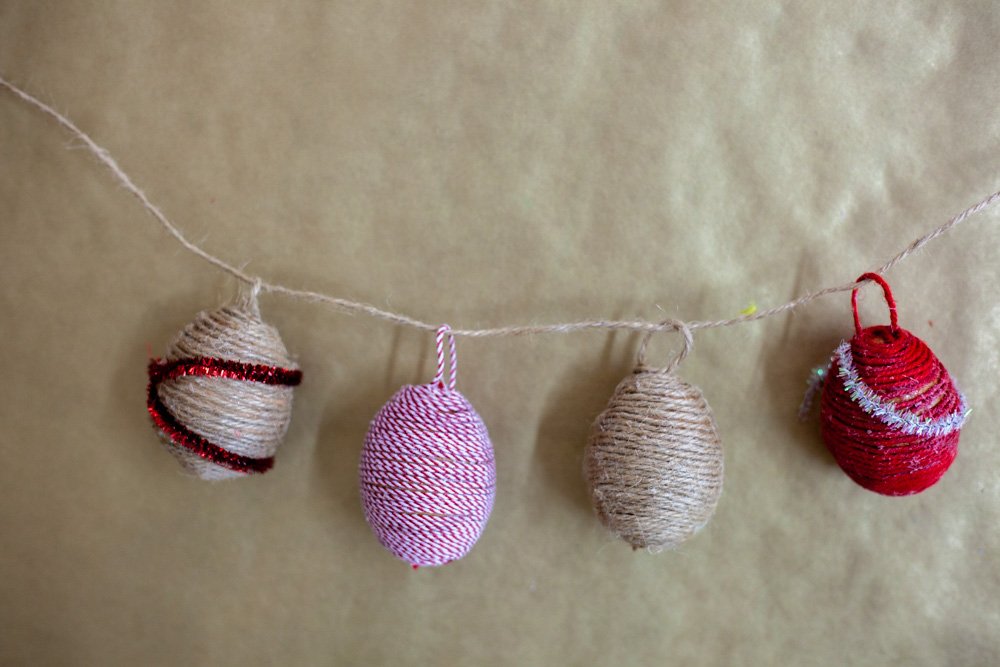 twine-covered-egg-craft