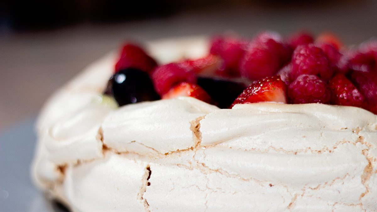 fruit-pavlova-recipe