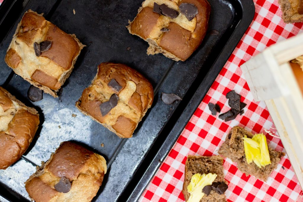chocolate-hot-cross-buns-recipe