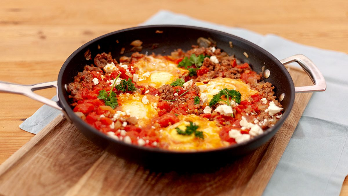 Beef and baked eggs